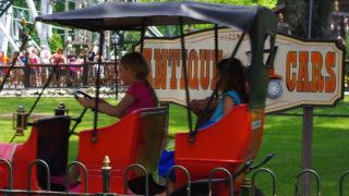 Antique Cars family ride at Canobie Lake Park