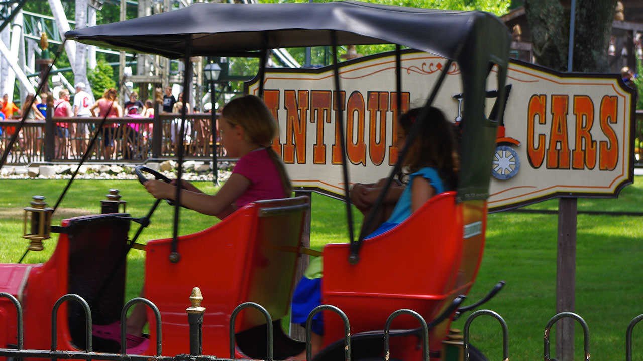 Antique Cars family ride at Canobie Lake Park
