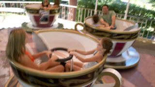 Crazy Cups family ride at Canobie Lake Park