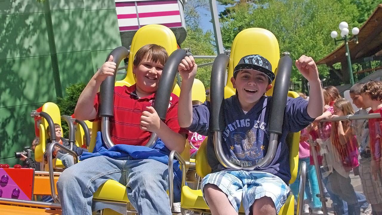 Park Hours to enjoy Canobie Lake Park