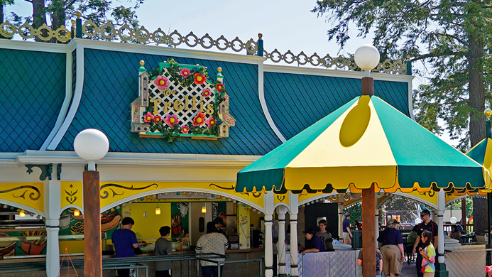 The Trellis food stand at Canobie Lake Park.
