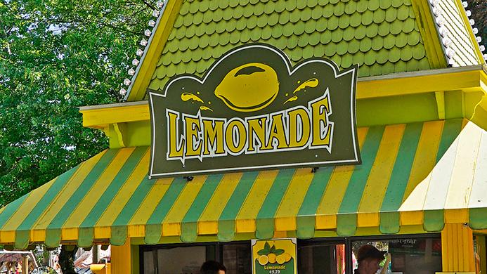 Lemonade Stand at Canobie Lake Park